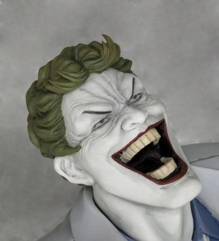 Batman: The Dark Knight Returns - Batman - Joker - ARTFX Statue - 1/6 - Hunt the Dark Knight (Kotobukiya)