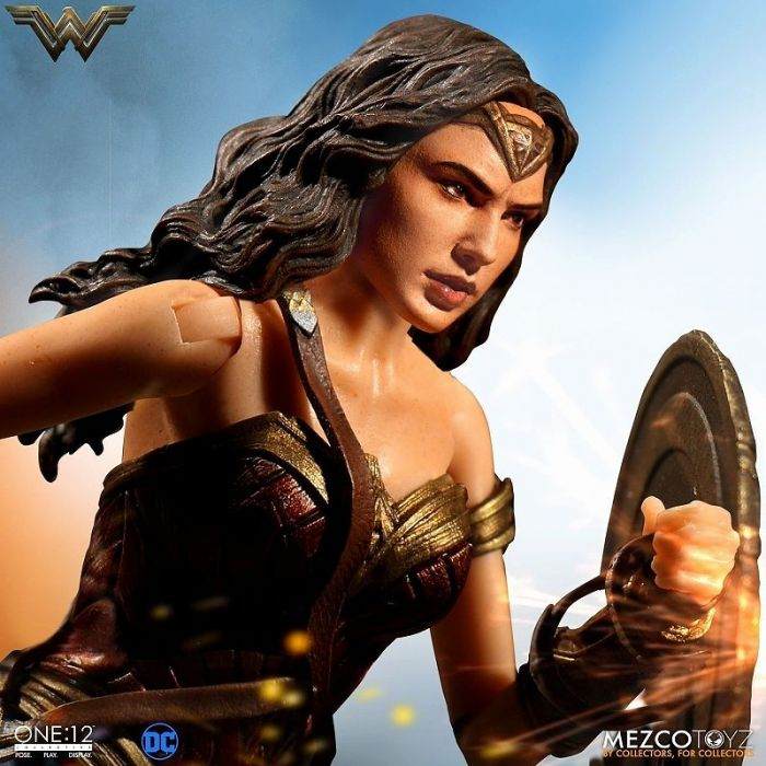 ONE:12 COLLECTIVE WONDER WOMAN ACTION FIGURE