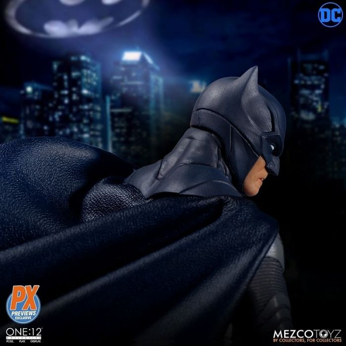 1/12 ONE:12 COLLECTIVE DC COMICS: PREVIEW LIMITED SOVEREIGN KNIGHT BATMAN ACTION FIGURE